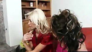 Hot Sluty Milf Ride Black Mamba Dick video-01
