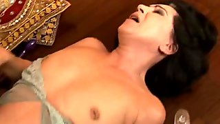 Horn made flamboyant brunette mature gets her beaver aroused with sex toy