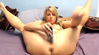 Extremely flexible horny mature Jessica Rider
