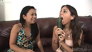 Horny Latina mommy teaches her partner how to give blowjob