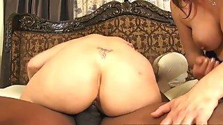 DOCEAN Big Tit Milfs Julia Ann and Nicki Hunter IR Threeway