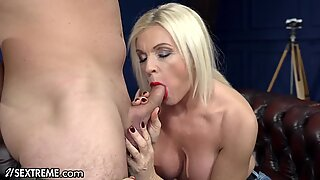 Sucking & Fucking Hot Mature Blonde -21Sextreme