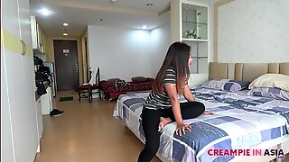 short sweet thai girl given hot japan hot creampie
